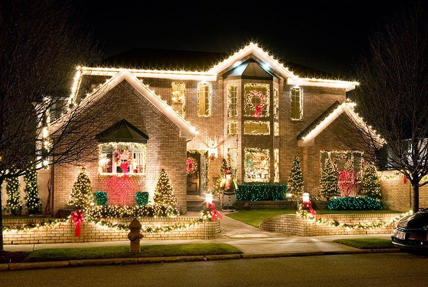 Should You Sell Your House During the Holidays?